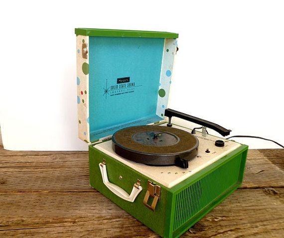 """1960's Portable Record Player... WE COULD PLAY BACKGROUND MUSIC ON A RECORD PLAYER OR FROM A MP3 THROUGH AN """"OLD LOOKING"""" RADIO..."""