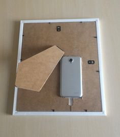 A small overview of what Smart Mirrors are, how to build one and what we created at Novoda!