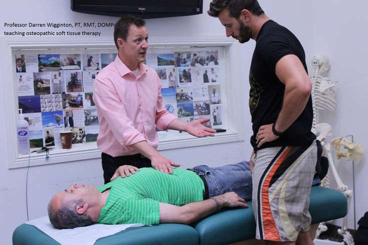 Have you ever want to know about osteopathic soft tissue therapy? View this image where professor Darren teaching about osteopathic soft tissue therapy at NUMSS.  #osteopathy #osteopathyschool #nationaluniversityofmedicalsciences #numss