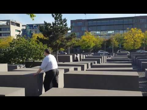 Holocaustdenkmal in Berlin 2016 - YouTube