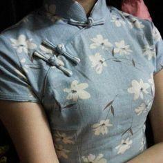 Goedkope 2016 lente korte qipao blouse chinese vintage silm vrouwen traditionele korte mouw jurk katoen cheongsams stijlen, koop Kwaliteit cheongsams rechtstreeks van Leveranciers van China: betaling1. Betaling is verwacht te ontvangen binnen 3 dagen veilingen dichtbij.2. Escrow is onze voorkeur betaalmeth