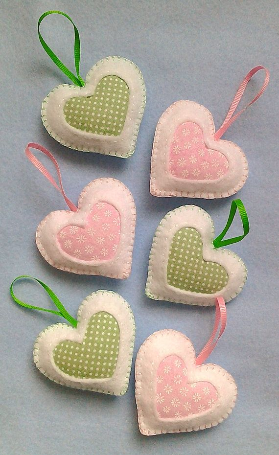 Handmade felt hearts set of 6...these are very pretty and great inspiration!!