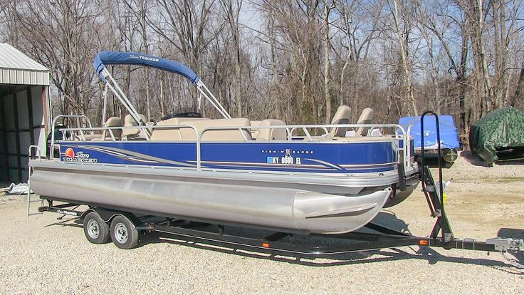 Sun Tracker Pontoon Boat Motor replacement seats