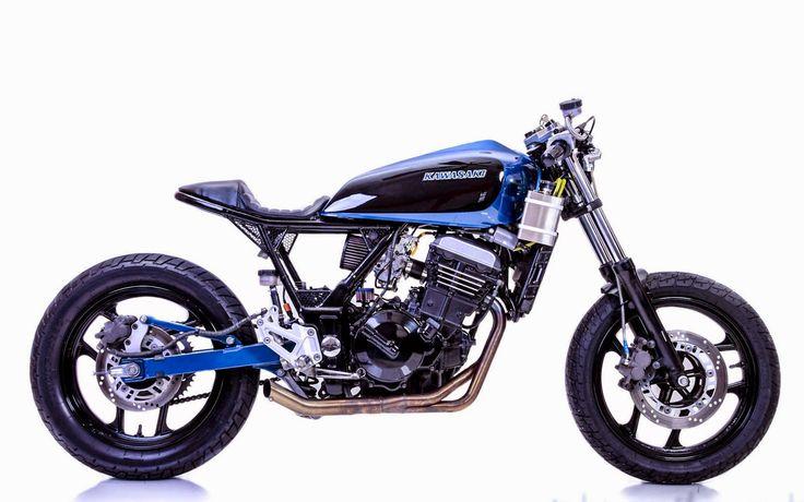 """RocketGarage Cafe Racer: Kawasaki Ninja 250 """"Mayonaka"""""""
