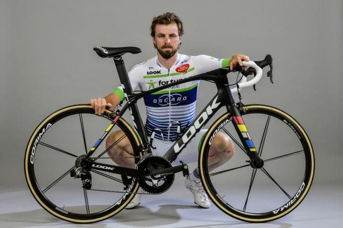 The Fortuneo team Fortuneo–Samsic is a Professional Continental cycling team based in Rennes, France that participates in UCI Continental Circuits races and UCI World Tour races when receiving a wild card. Dan McLay models the new kits.
