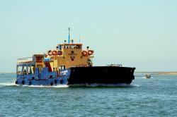 Ferry para as ilhas Culatra e Farol