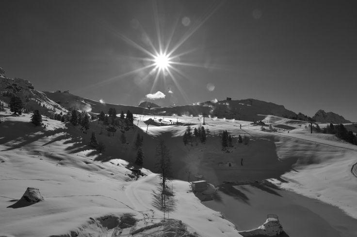 Dall'Hotel Pordoi pista sciistica del Belvedere Val di Fassa Canazei (TN) Dolomiti Italy. Black & Withe