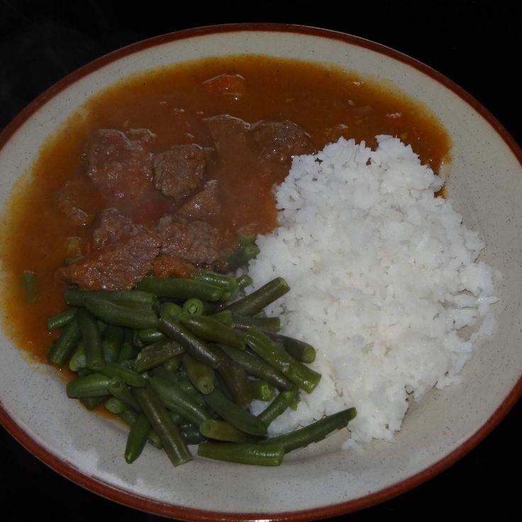 Recept Dušené hovězí s fazolemi a rýží od Jan Stříbrný - Recept z kategorie Hlavní jídla - maso