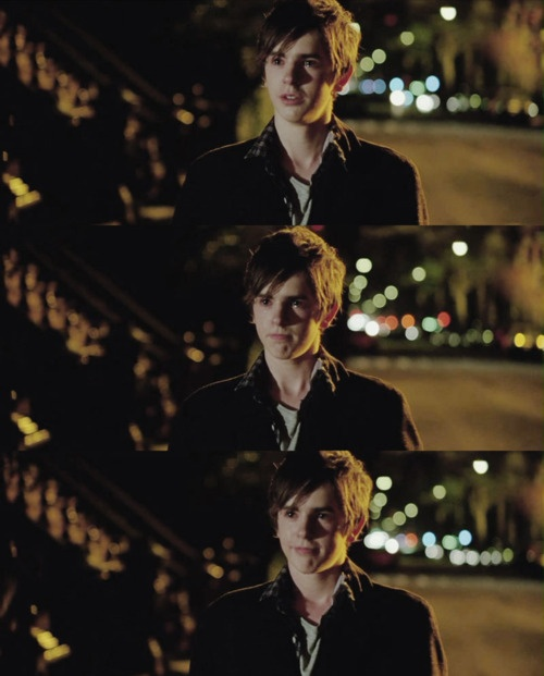 557 best bates motel tv show images on pinterest for Freddie highmore movies and tv shows
