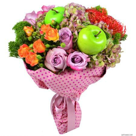 A cheerful bouquet with apples