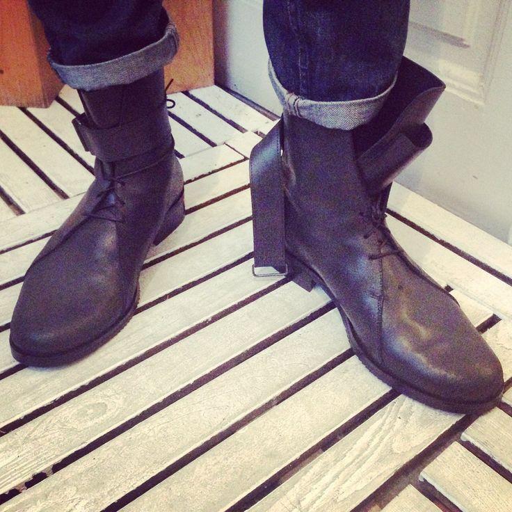 #streetstyle #fashion #mood  #boots  #style #menstyle #shoppingonline #mihaelaglavan #blackboots