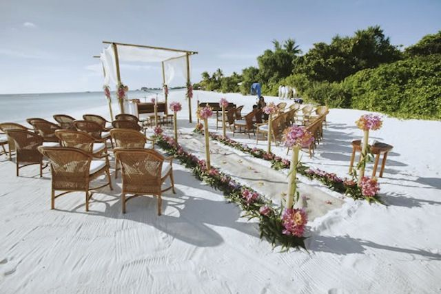 Amazing Amanpulo Wedding | http://brideandbreakfast.ph/2011/01/18/amazing-amanpulo-wedding/