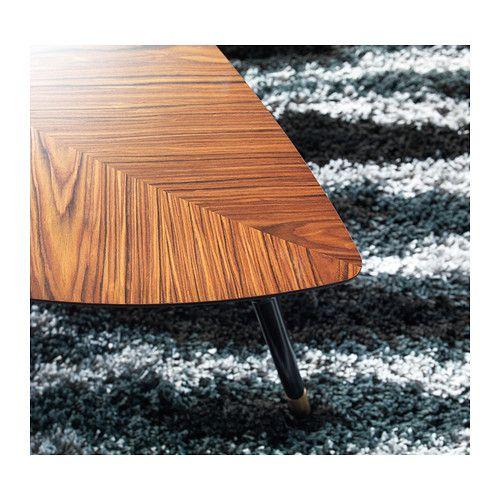 LÖVBACKEN Table basse IKEA Le veinage dans le placage de peuplier confère à chaque table un aspect unique.