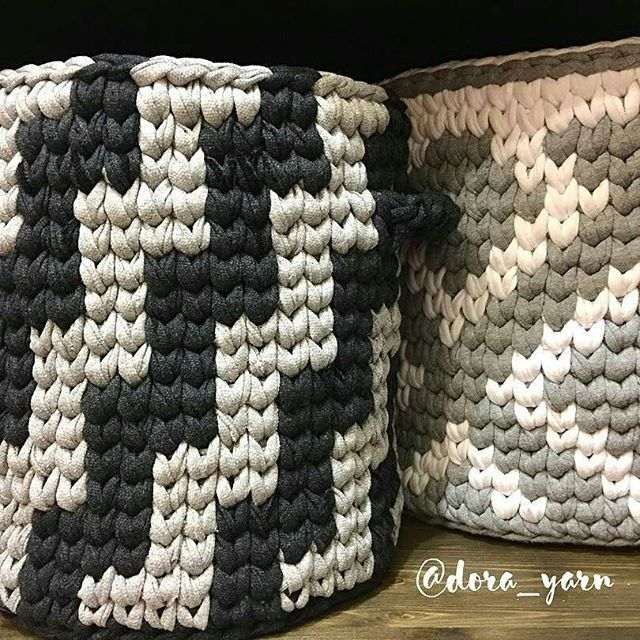 Domingo de inspiração  @dora_yarn  #decor #inspiration #inspiração #cestatrapillo #cestotrapillo #cestofiodemalha #fiosdemalha #trapillo #yarn #crocheteiras #crochet #crocheting #crochetlove #crochetingaddict #croche #yarnlove #yarn #knitting #knit #penyeip #craft #feitoamao #handmade #croche #croché #crochê #croshet #penyeip #вязаниекрючком #uncinetto #かぎ針編み #instagramcrochet #totora