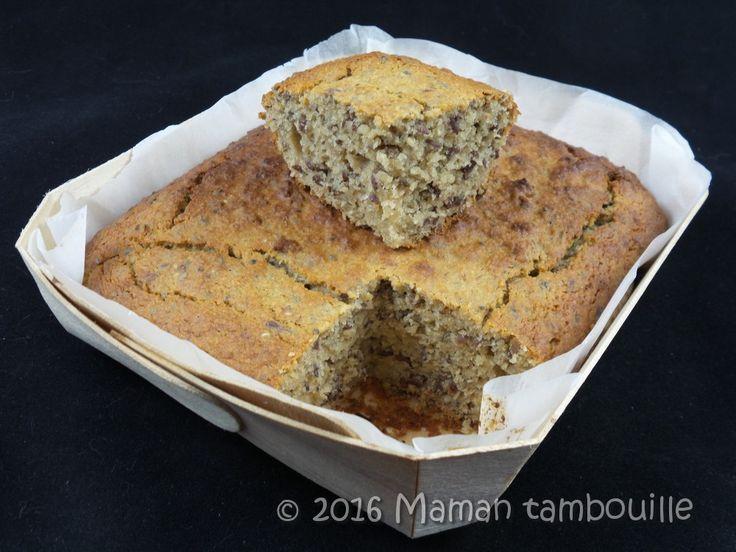Voici un cake sans gluten et sans lactose à la banane. On fait le plein d'énergie et de gourmandise avec ce cake original aux graines de chia, graines de lin, lait d'amande, farine de fonio … (un petit clin d'œil à Cat pour ce goûter consistant avant d'allerà la piscine). J'avais peur que ce gâteau …