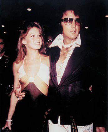 ELVIS PRESLEY PHOTO´S BLOG 3- 1970-1977: Out on the town in Las Vegas with Sheila Ryan, September 1974