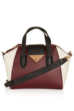 This #Topshop bag is so classy and perfect for Christmas #DearTopshop