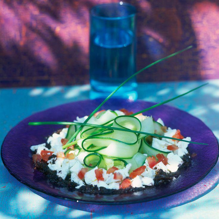 Découvrez la recette de la salade de concombre à la feta