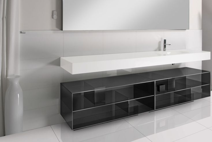 Modern black and white bath vanity by Artelinea / Frammento Collection