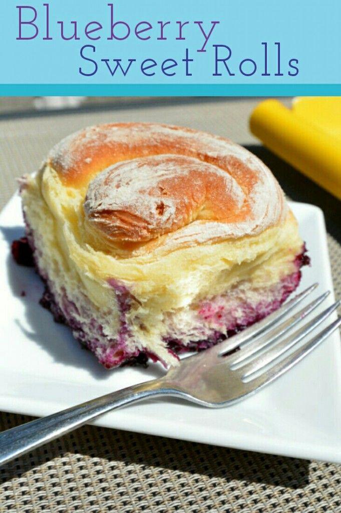 Baking with NestFresh Eggs – Blueberry Sweet Rolls