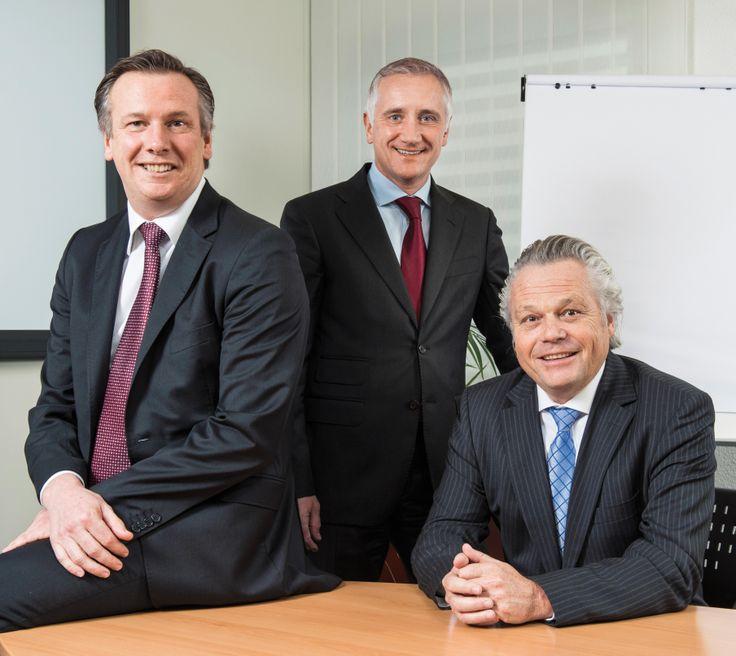 De gauche à droite: Robin Gordon, CEO d'Interiman ainsi que ses deux associés Thierry Jacquier et Raymond Knigge. © François Wavre/Rezo