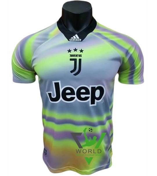 newest collection 26f0c d2ae7 Juventus F.C. Football club Juve Short Sleeve 4TH Kit EA ...