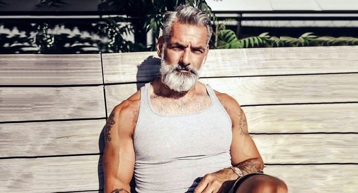 The 22most awesome older men we've ever seen