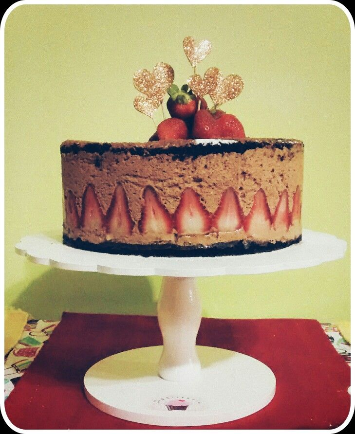 Chocolate mousse & strawberry!
