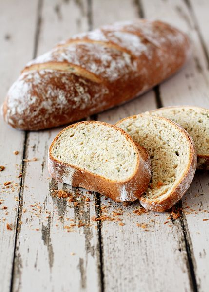 Rustic Rosemary Garlic Bread | good life eats