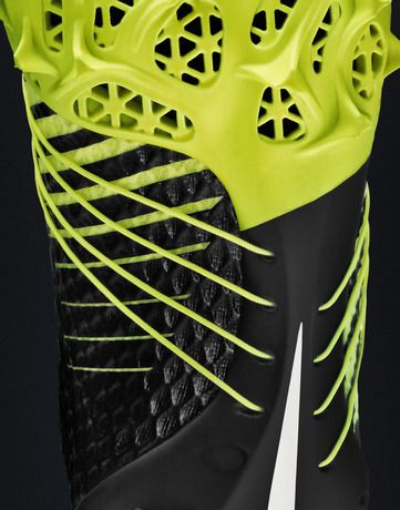 """NIKE, Inc. - Nike Football Accelerates Innovation with 3D printed """"Concept Cleat"""" for Shuttle"""