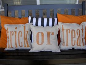 DIY pillows! Chapman Place: Krylon Glitter Blast Halloween Pillows #craft #halloween