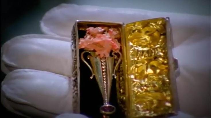poirot's brooch