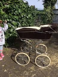 3260 best images about kinderwagen on pinterest delft vintage dolls and peg perego. Black Bedroom Furniture Sets. Home Design Ideas