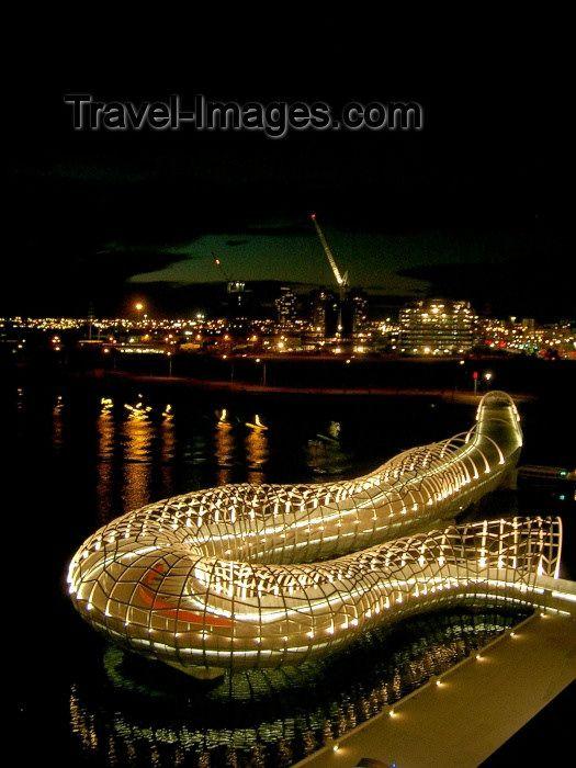 Australia - Melbourne (Victoria): Webb bridge.