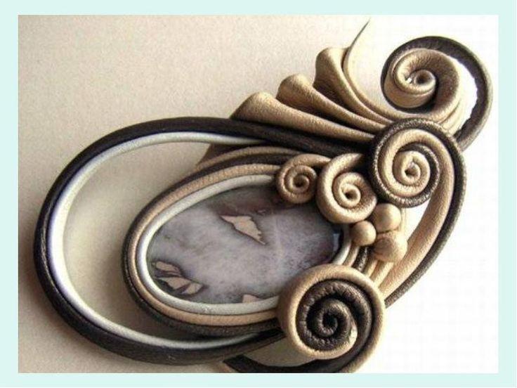 Научитесь изготовлению уникальных украшений из простых, ненужных, на первый взгляд, обрезков ткани.