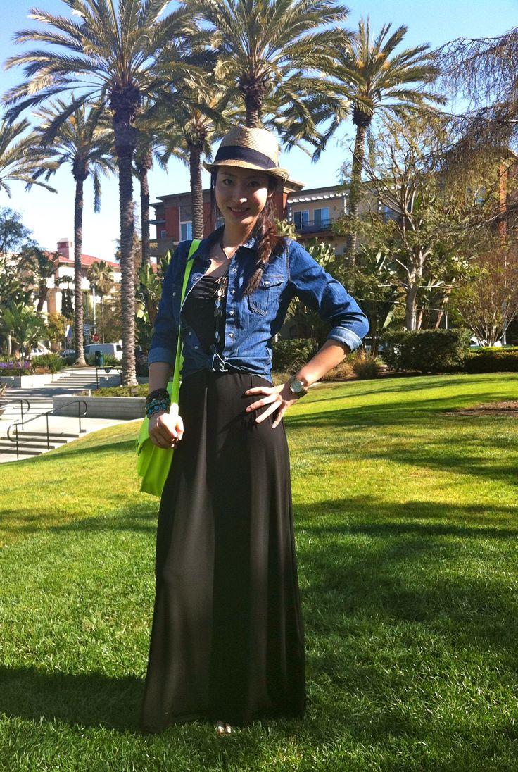 Black maxi dress & Jean shirt & Neon cross body bag. Love this color combo~~