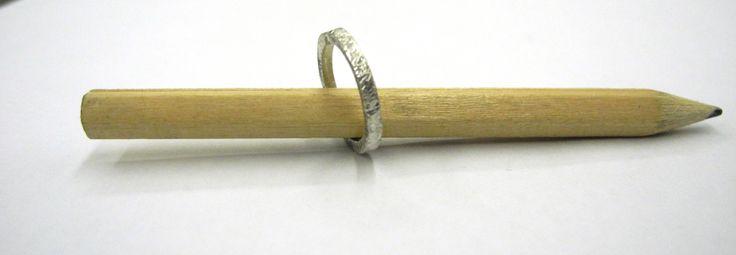 anillo para meñique de plata  http://apbnuevacoleccion.wordpress.com