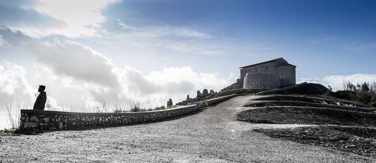 https://flic.kr/p/E7n39Z | Chiesa di Santa Maria del Monte | Vairano PAtenora loc. Marzanello (CE) Chiesa di Santa Maria del Monte