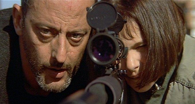 Natalie Portman (June 9, 1981) as Matilda and Jean Reno (1948- , ) as Léon in Léon, 1994 #actor #still