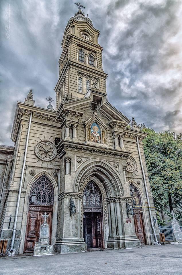 Saint Nicholas Church (Biserica Sf. Nicolae), Braila, Romania (by Radu Arama)