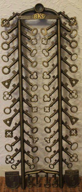 German Castle & House Key samples from City Velbert