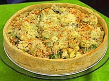 Torta de br�colis com couve-flor - Veja mais em: http://www.cybercook.com.br/receita-de-torta-de-brocolis-com-couve-flor.html?codigo=78725