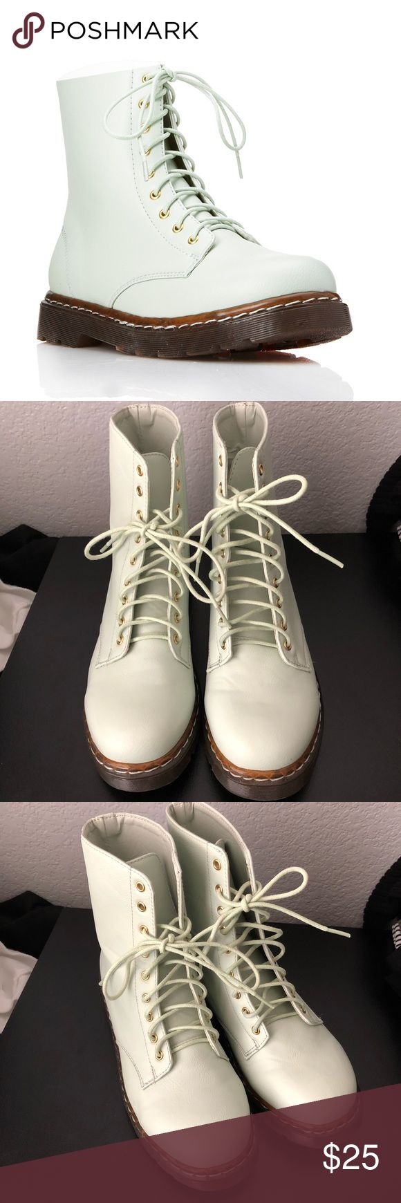Forever 21 mint rain boots Size 7.5 Very cute and