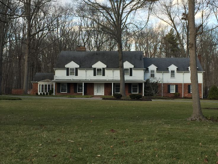 Colonial revival home 1960