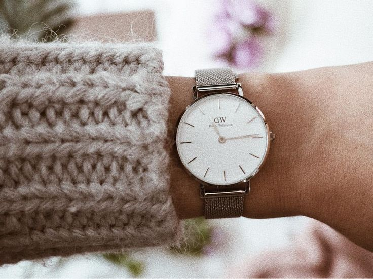 Perfect spring accessory! Use discount Code: ALISSA15 for 15% OFF + Free Shipping on your Daniel Wellington purchase! #danielwellington #watches #ad #accessories #shopping #discount