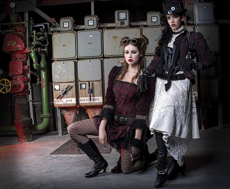 Steampunkshoot koekjesfabriek Veghel Styling: Alternatief kostuum Muah: Miranda Dal            Jacqueline VisaFoto Model: Britt Vossen            Tanya Gorree Foto: Studio B11 - lilian Verhappen