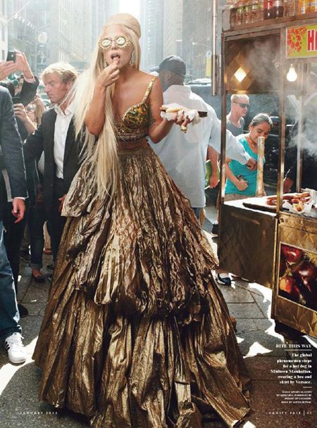 Lady Gaga, Vanity Fair January 2012 I love that woman! :D