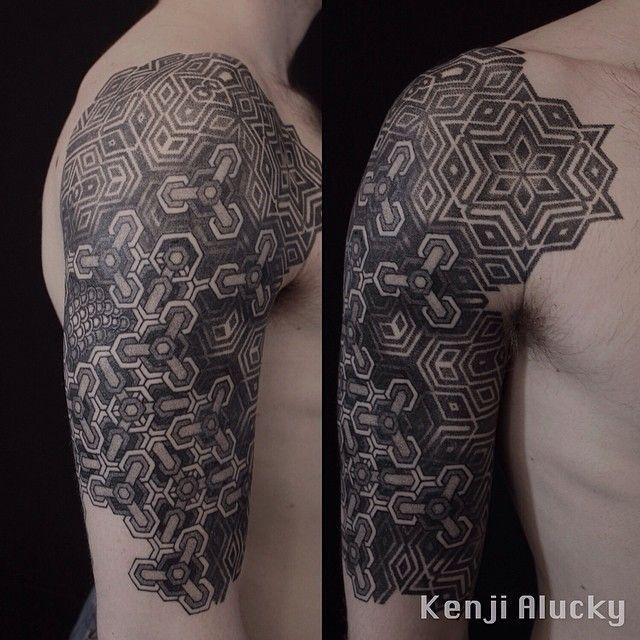Kenji Alucky • Instagram: black_ink_power