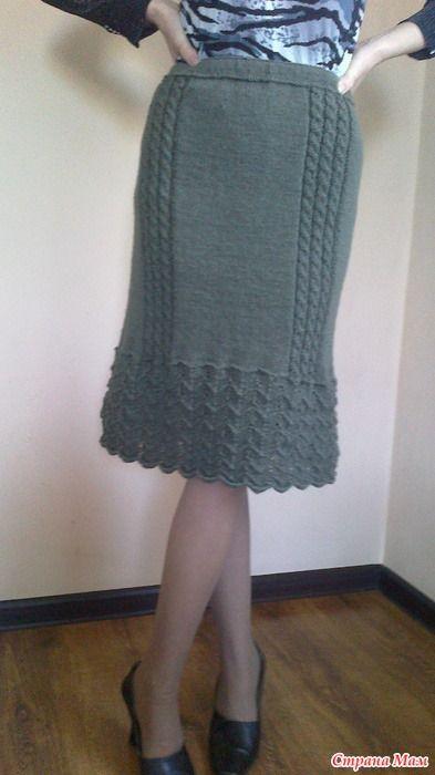 Связалась еще одна юбочка для дочки Марины. Пряжа Иранская бобинная, покупала на вещевом рынке в Алматы.
