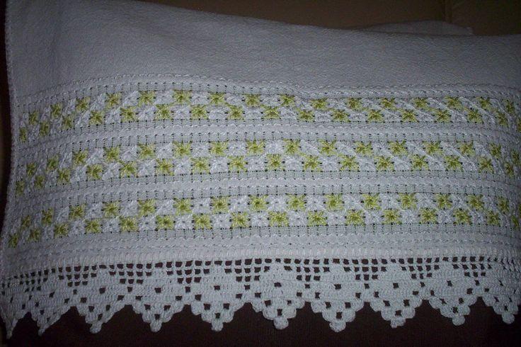 amigas,se alquem interressar pelos meus artesanatos,aceito encomendas...entre em contato atravez do meu e-mail;elzamaria2007@yahoo.com.br